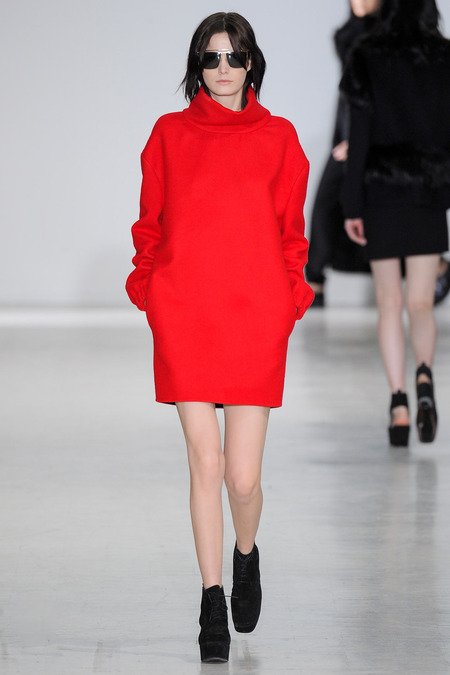 Costume National Fall 2014 Sarina Flores